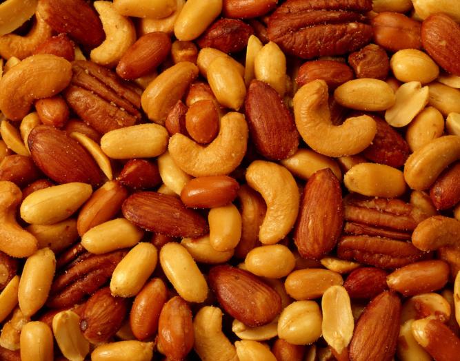 Eats_Nuts