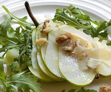 Eats_PearArugulaSalad_CulinaryHerbGuide