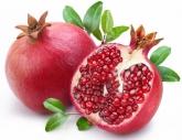 Eats_Pomegranate