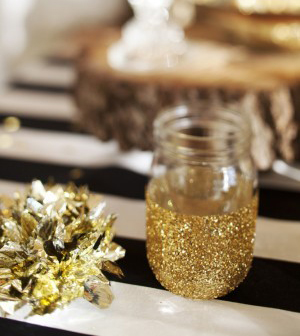Half-dipped glitter mason jars